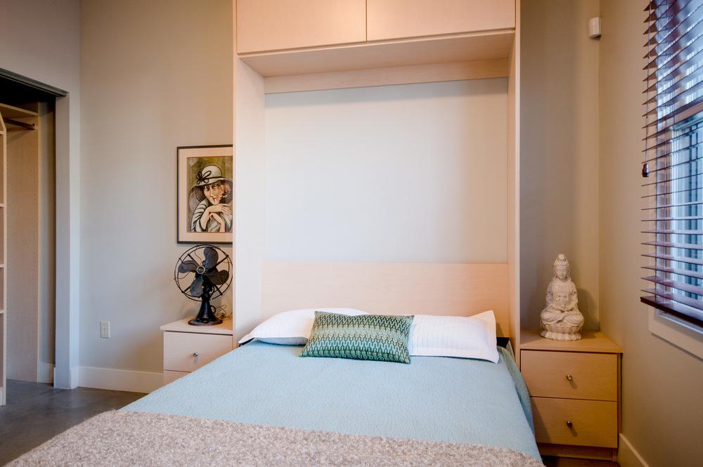 Downstairs_Bedroom_4.jpg