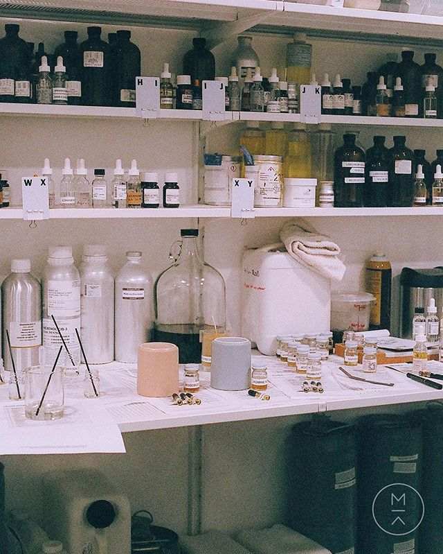 Design a fragrance for liquid soap to call your own. We have a couple workshop openings the next few weeks! Visit link in bio for details and booking🔝 #maaklab