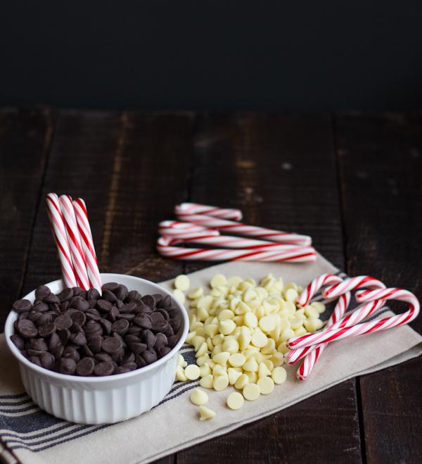 Dark & White Chocolate Bark l wanderingroot.com