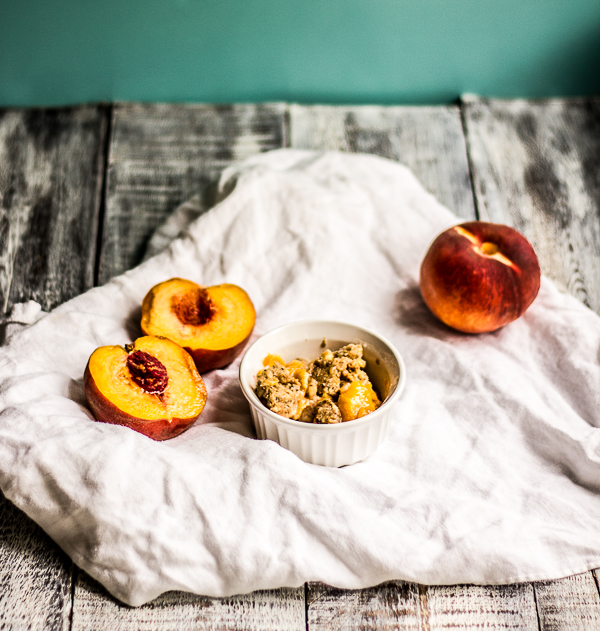 Peach Chocolate Chip Oatmeal Cookie Crisp l wanderingroot.com