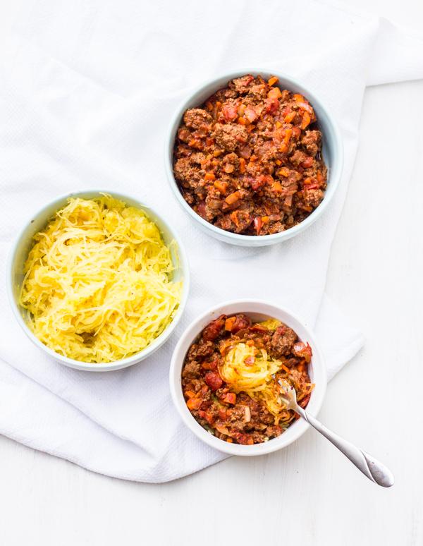 Spaghetti Squash and Chunky Spaghetti Sauce l wanderingroot.com