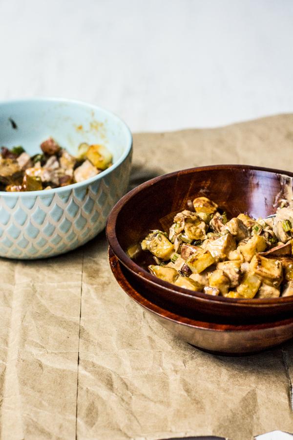 Steak and Chipotle Potato Salad Bowls l wanderingroot.com