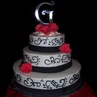 cakes-by-happy-eatery-black-trim.jpg