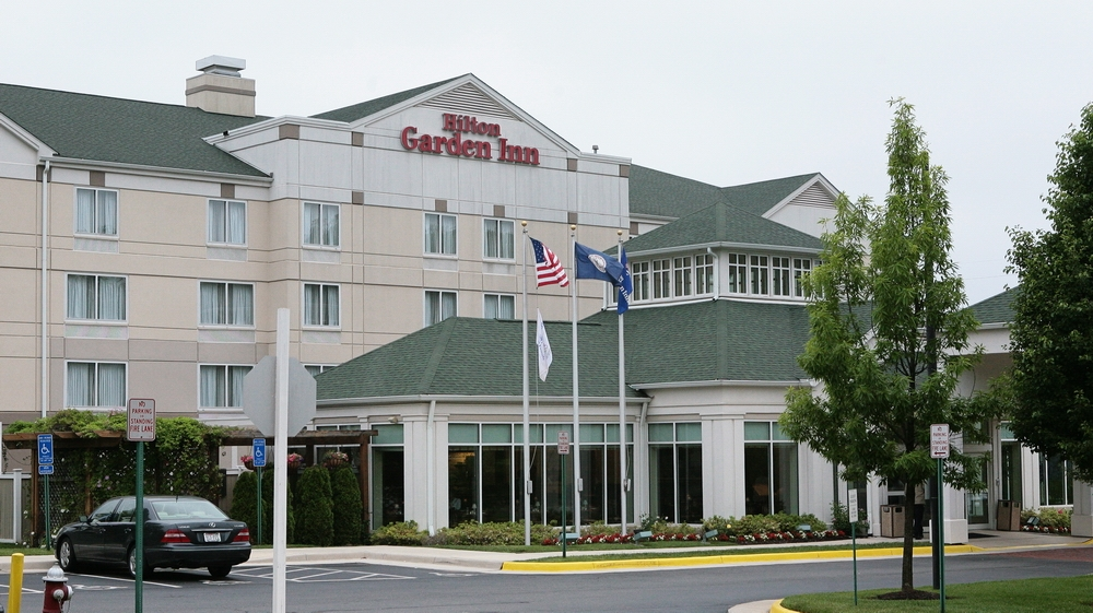 front of hotel.JPG