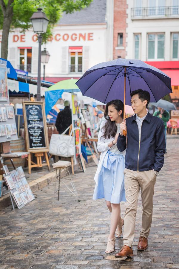 Wang_Wang_ParisPhotographerPierre_engagementmontmartre34_low.jpg