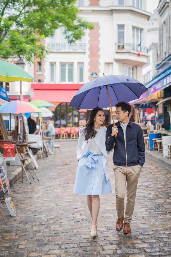 Wang_Wang_ParisPhotographerPierre_engagementmontmartre35_low.jpg