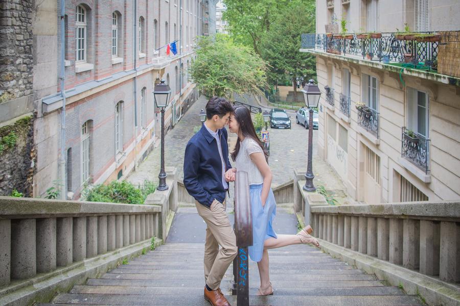 Wang_Wang_ParisPhotographerPierre_engagementmontmartre66_low.jpg