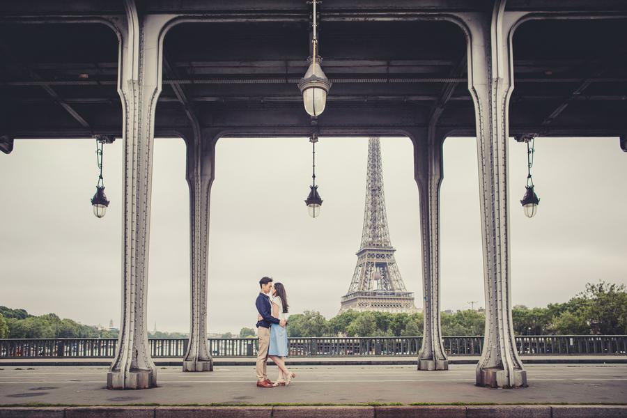 Wang_Wang_ParisPhotographerPierre_engagementmontmartre84_low.jpg