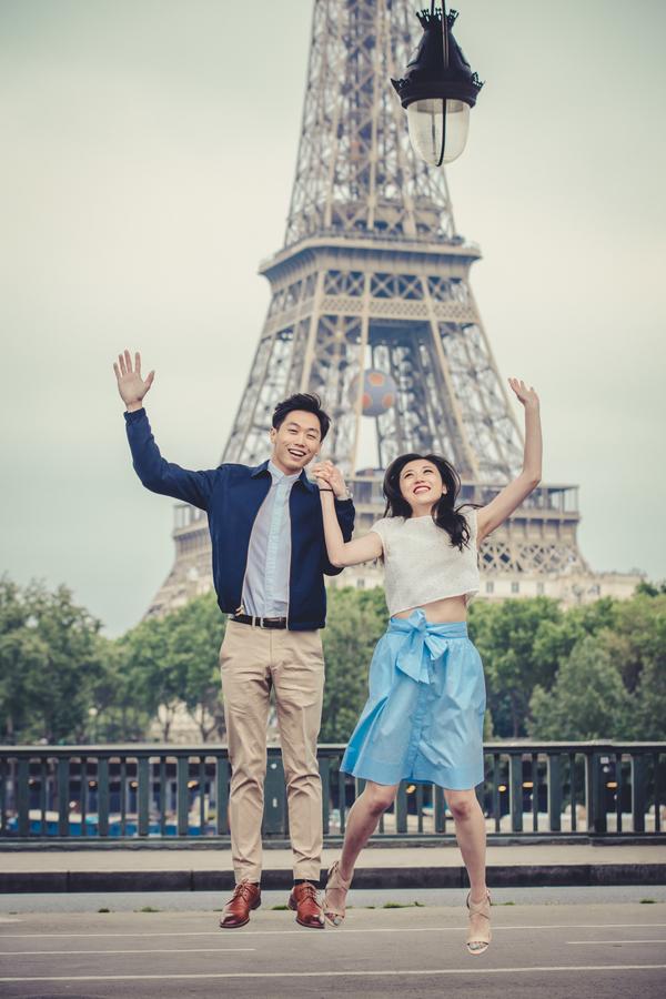 Wang_Wang_ParisPhotographerPierre_engagementmontmartre85_low.jpg