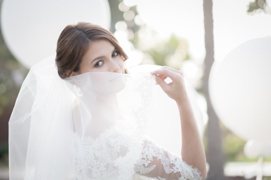 PaulaScalcoPhotography_StyledShootBrideorchidsSetupFourSeasonJumeirah83_low.jpg