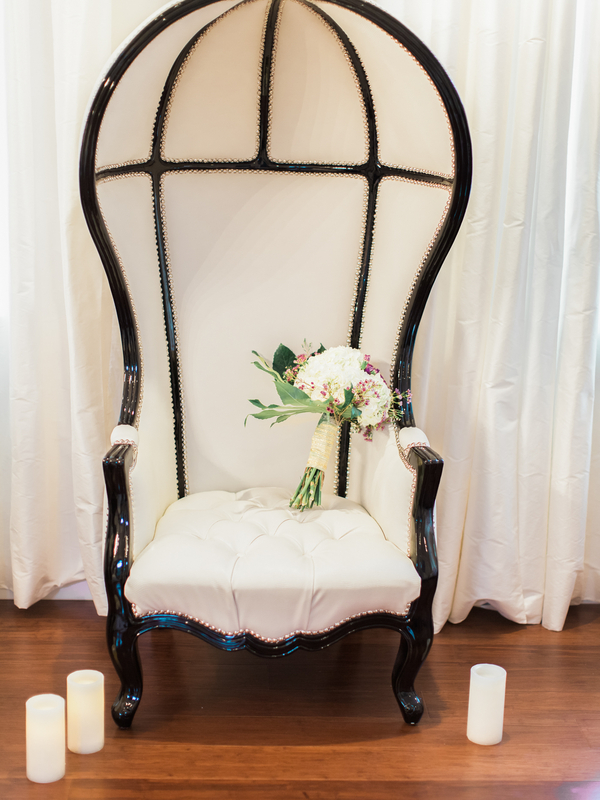 PearlHsiehPhotographyLLC_PearlHsiehcom_FrenchBridalStyle009_low.jpg