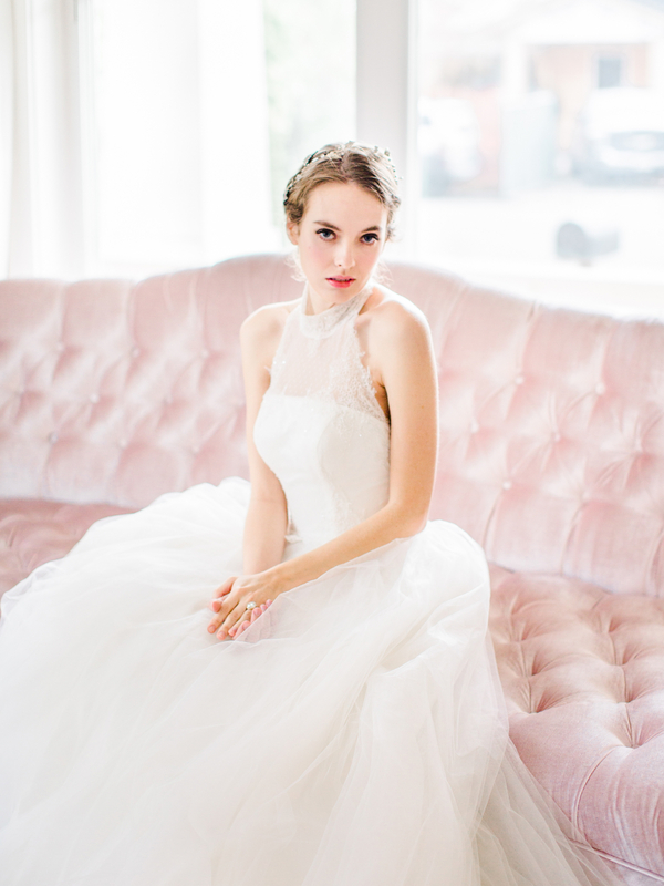 PearlHsiehPhotographyLLC_PearlHsiehcom_FrenchBridalStyle025_low.jpg