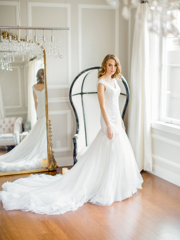 PearlHsiehPhotographyLLC_PearlHsiehcom_FrenchBridalStyle056_low.jpg