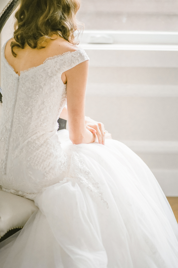 PearlHsiehPhotographyLLC_PearlHsiehcom_FrenchBridalStyle069_low.jpg