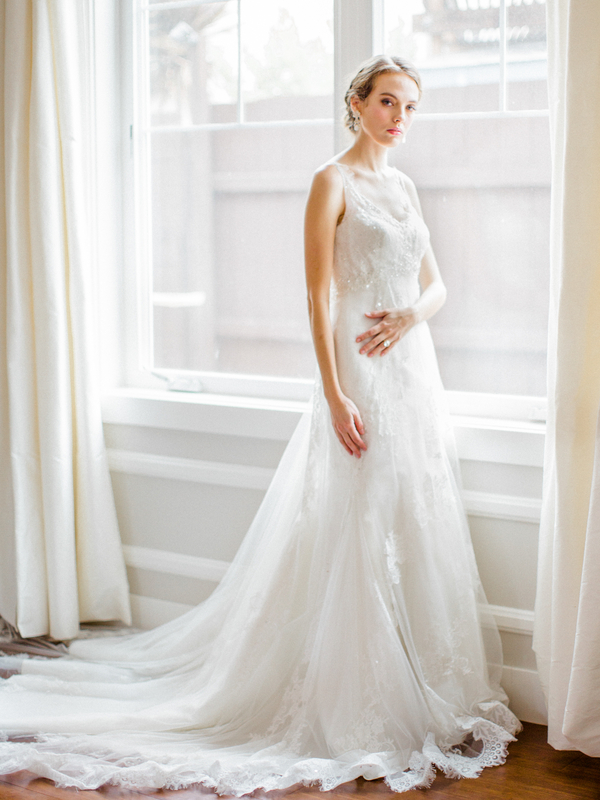 PearlHsiehPhotographyLLC_PearlHsiehcom_FrenchBridalStyle090_low.jpg