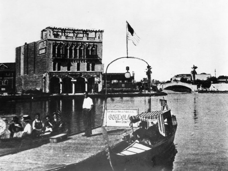 Venice_Lagoon.jpg