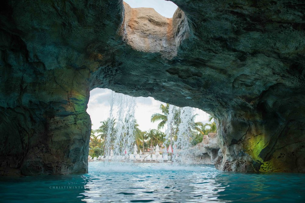 DSC_5021BahaMar+©ChristiMinter+Photography+Travel.jpg