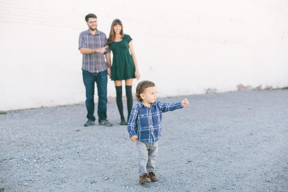 downtown-long-beach-hip-family-lizztin-photography