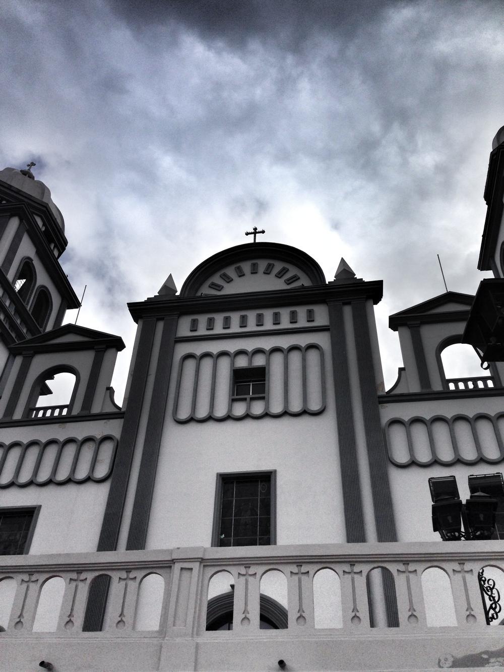 Basilica-de-Suyapa-8.JPG