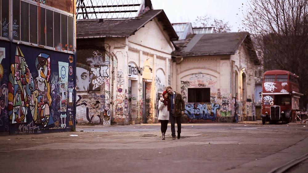walk-graffiti.jpg