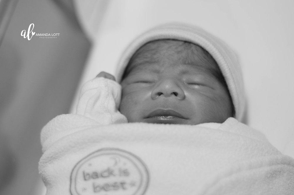Baby Geo Birth-131_BW_AL.jpg