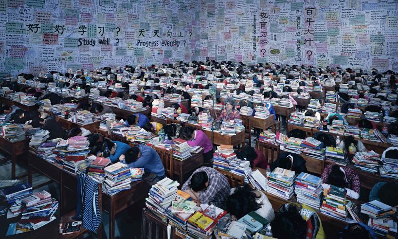 wang-qingsong-china-pavilion-venice-biennale-2013-follow-me-designboom.jpg