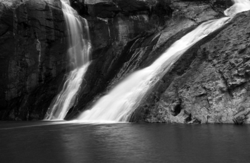 Serpentine Falls.jpg
