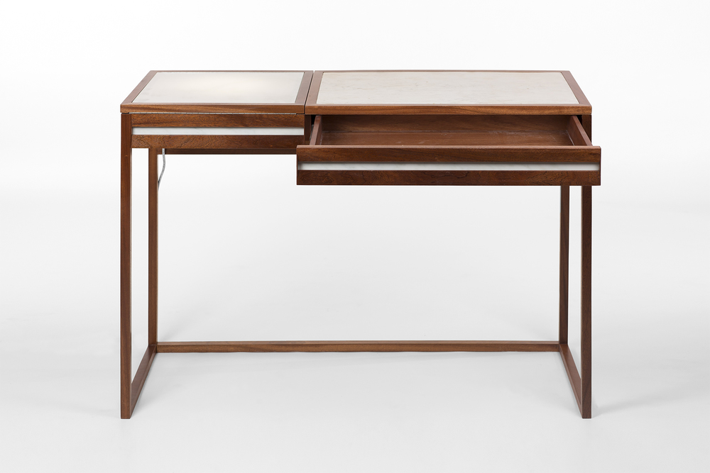 drafting_table_0000s_0002_9586.jpg
