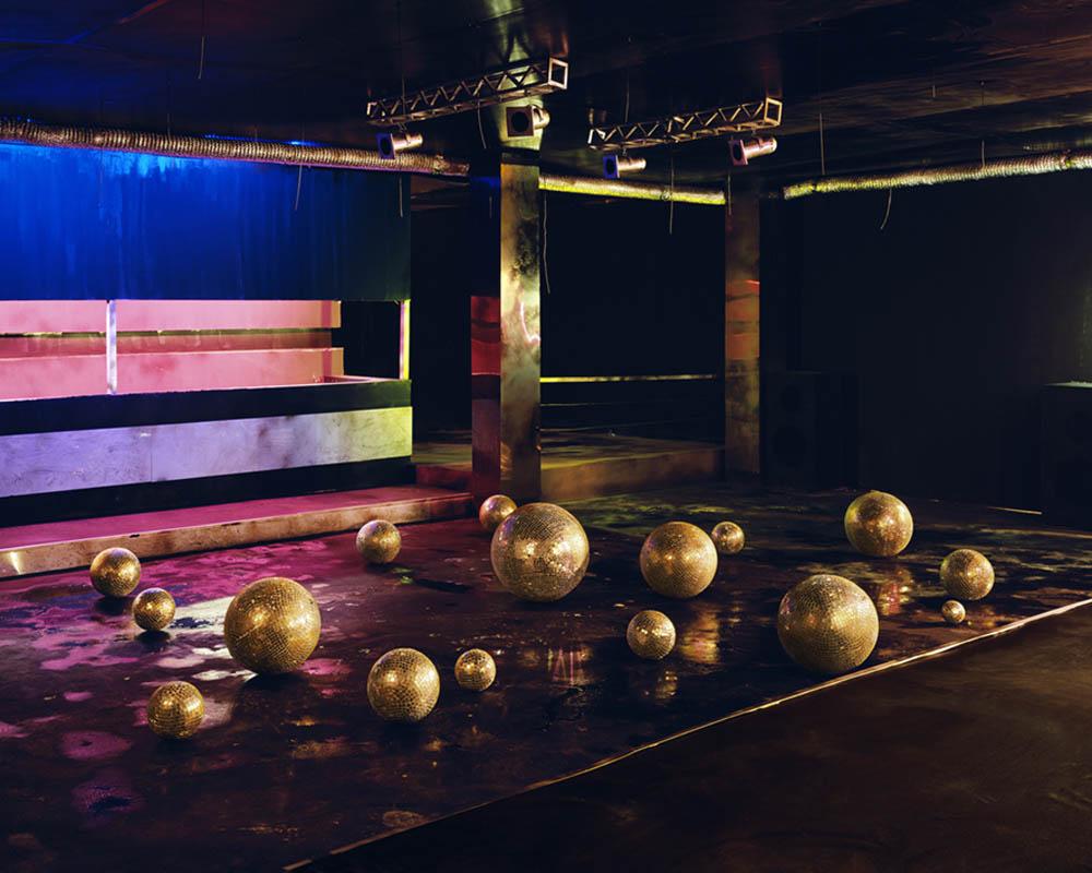 Dance Hall (Pearls)_150cmx187.5cm_ Archival Inkjet Print_2013.jpg