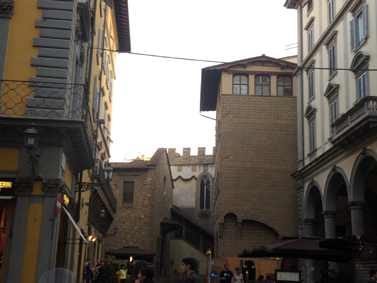 Street view of Firenze.
