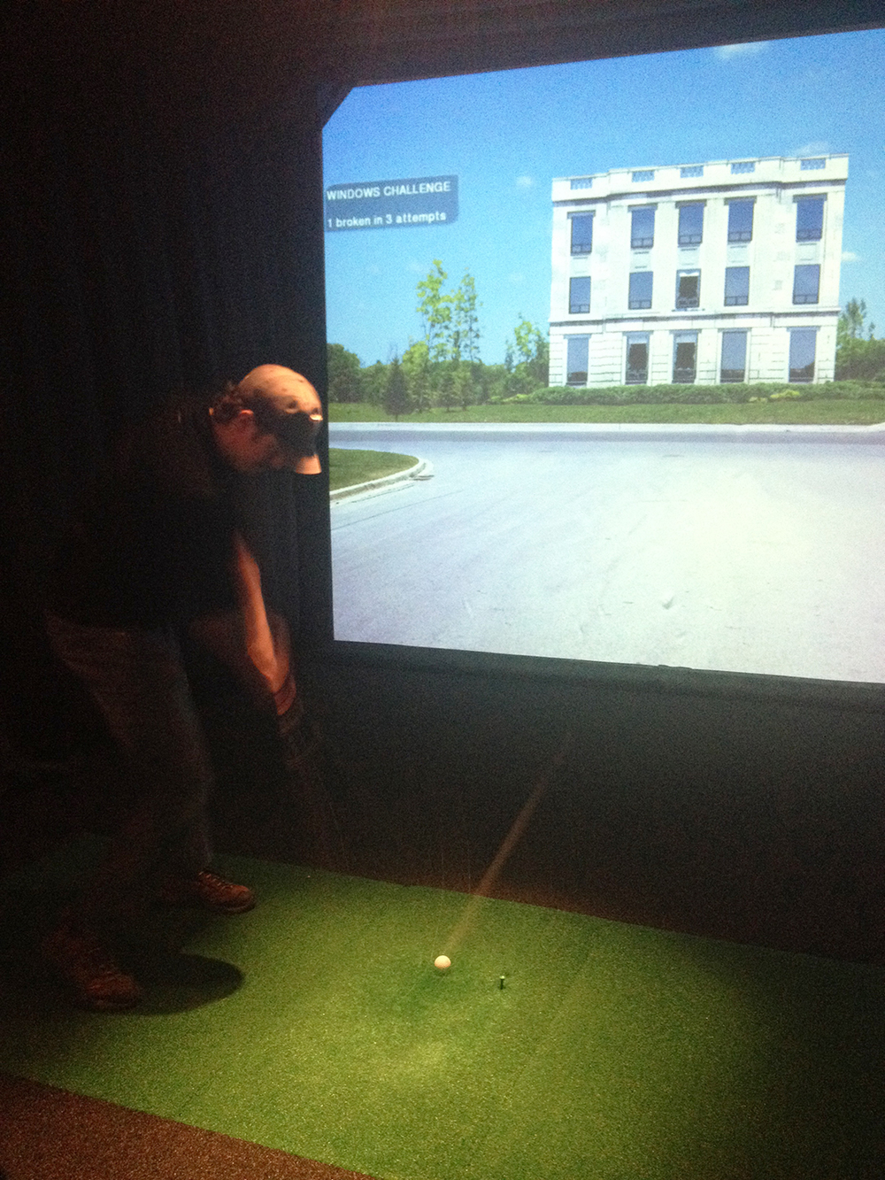 indoorgolf.JPG
