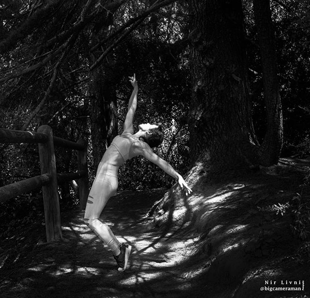 """""""Act as if what you do makes a difference. It does."""" -William James. Dancer: 💃💃 @thichapilates  #dance #movement #forest #fitness #healthylifestyle #light #pilates #bigcameraman"""