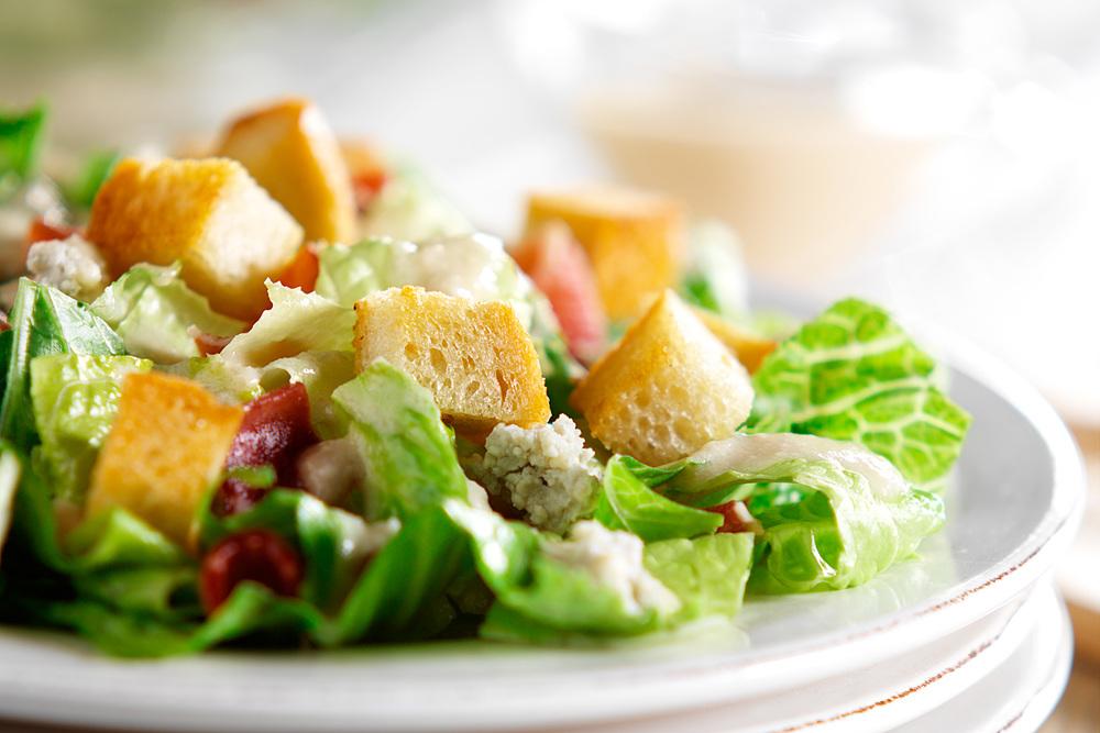 brian-wetzstein-bacon-blue-cheese-salad.jpg
