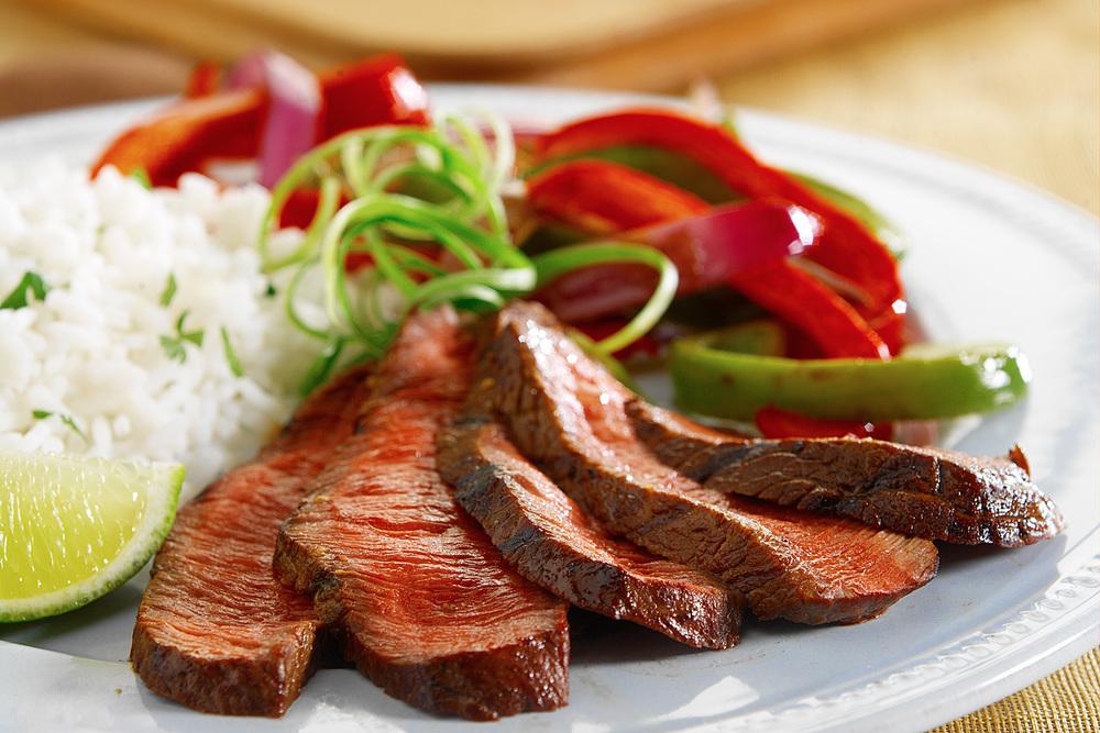 brian-wetzstein-sliced-steak.jpg