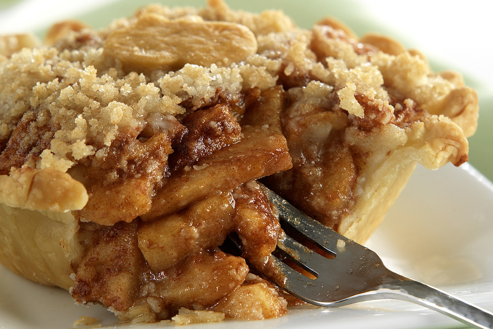brian-wetzstein-mini-apple-pie.jpg