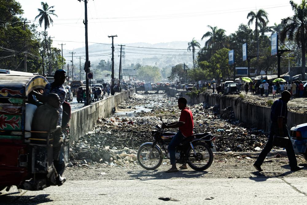 brian-wetzstein-haiti-rush-17.jpg