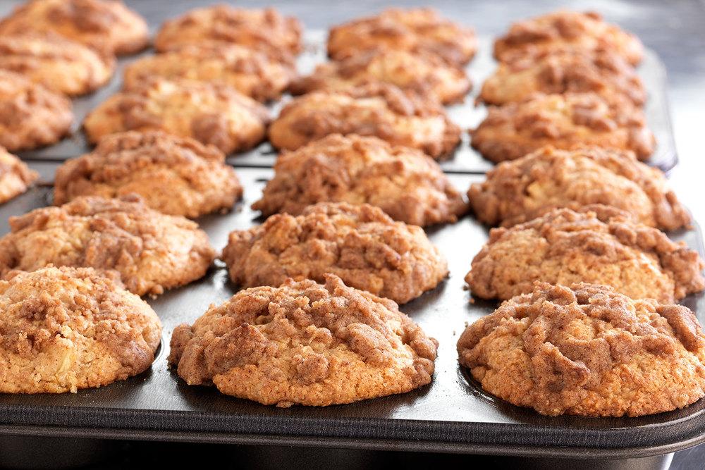 brian-wetzstein-Apple-streusel-muffins.jpg