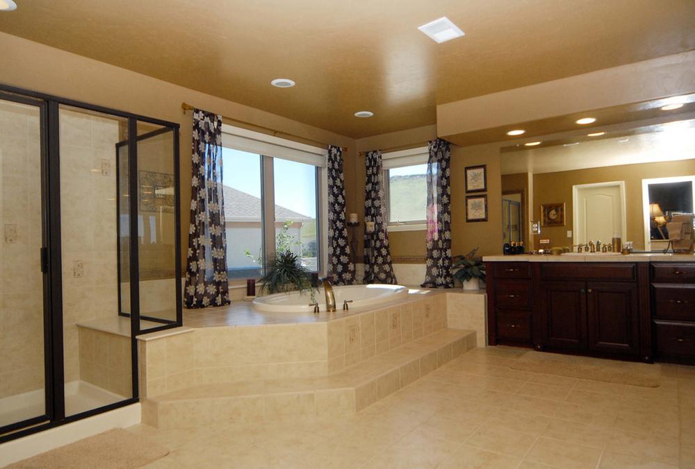 18_Master Bath-1.jpg
