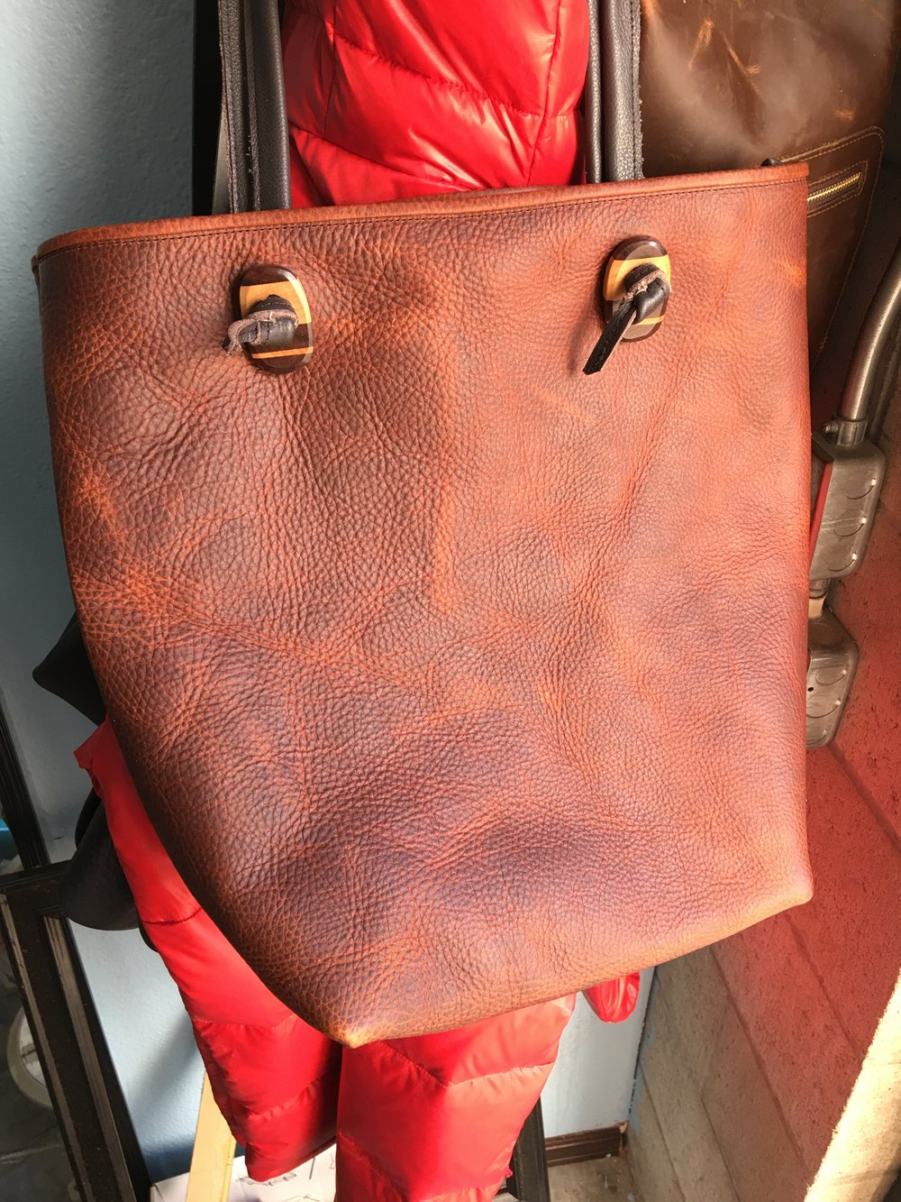 Another tote made of this lovely tumbled leather I just got recently, it's really quite stunning in person