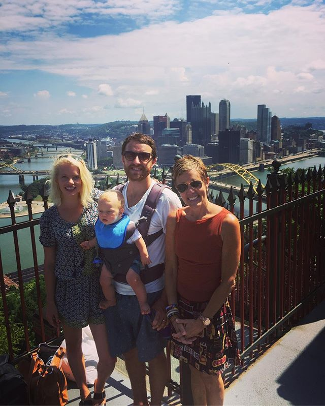 Glen, Katie, Hosea and me #newzealand meets #pittsburgh #duquesneincline overlook