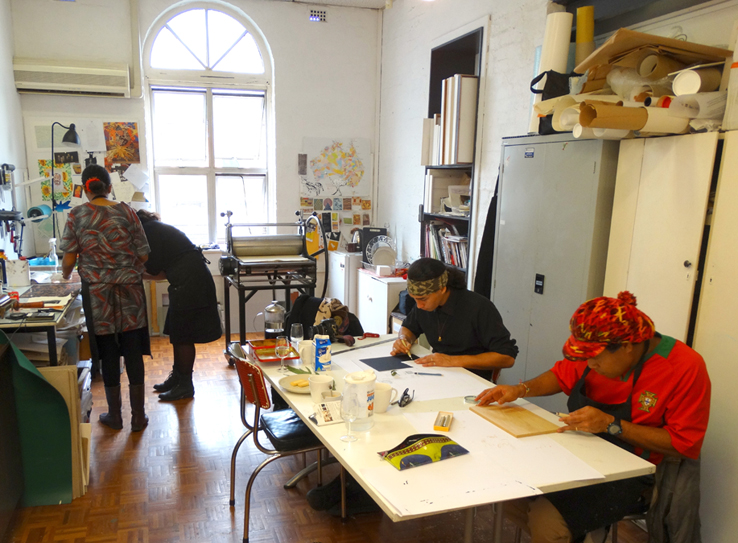 Helen, Kylie, Artur and Chico working in the studio_web.jpg