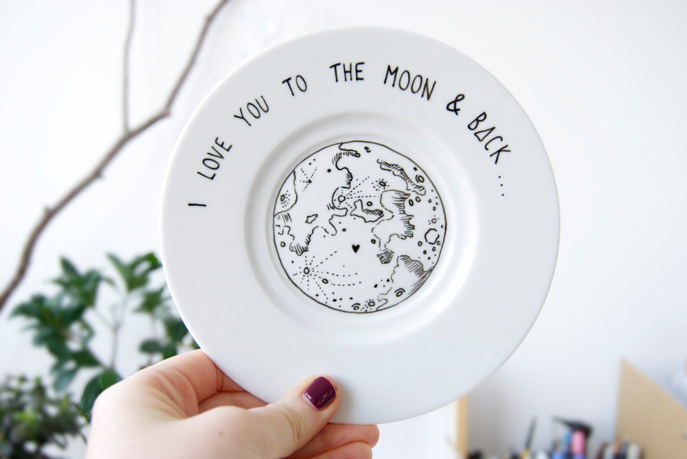'I love you to the moon & back' plate - available here & here.