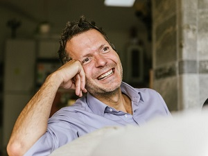 Frederic Laloux   Laloux's book Reinventing Organizations made a big impact on myself as it did on thousands of readers around the world. Super interesting, thought-provoking.   (Photo credit: Freunde von Freunden - Robert Rieger)