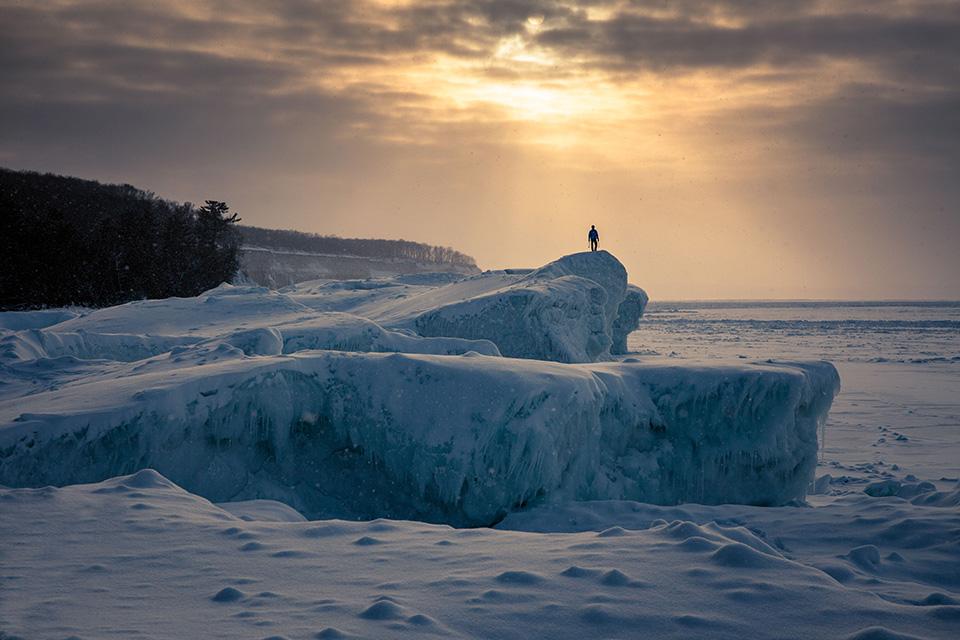 wilkinson-michigan-ice-climbing-sunset-bouldering3.jpg