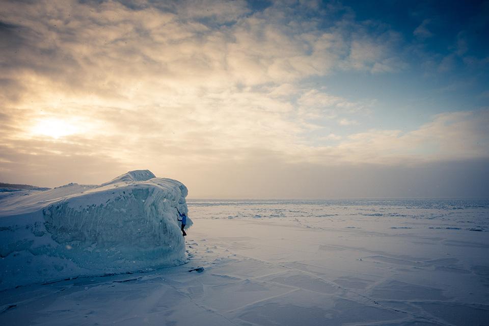 wilkinson-michigan-ice-climbing-sunset-bouldering2.jpg