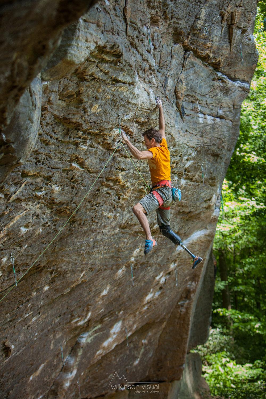 demartino-climbing-9836.jpg