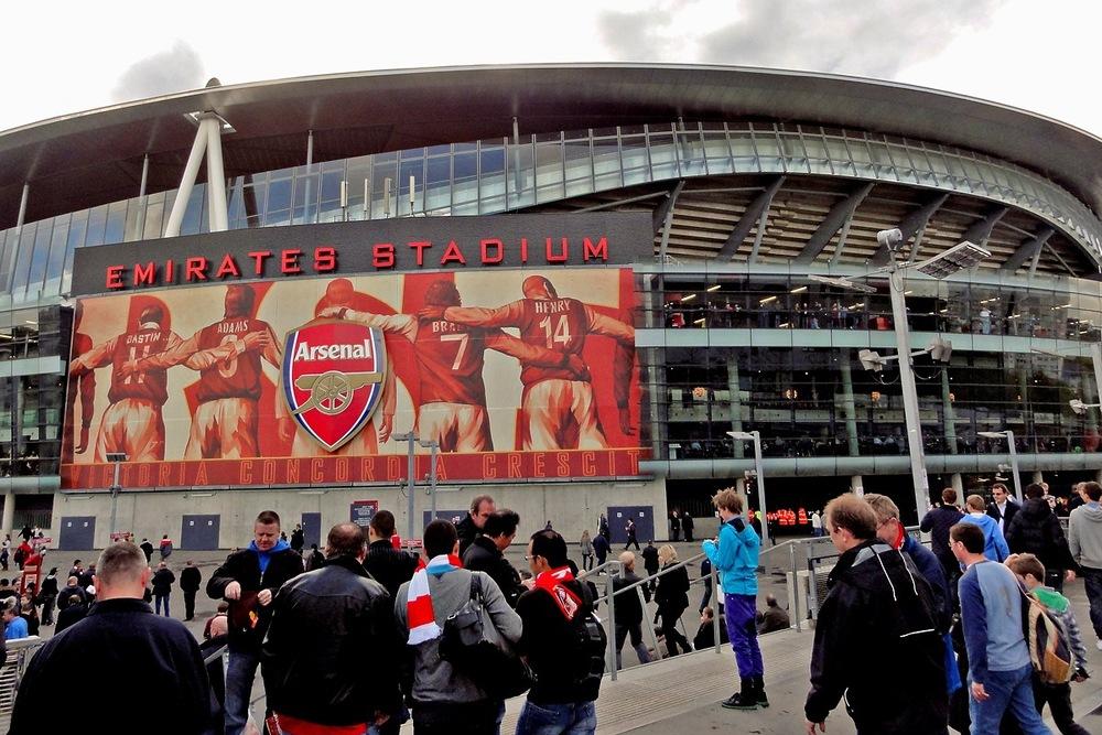 Tavis-Coburn-Emirates_Stadium-Arsenal_F.C..jpg