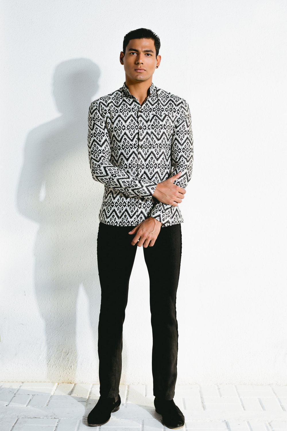 tribal mandarin collar shirt & velvet paneled tuxedo jeans