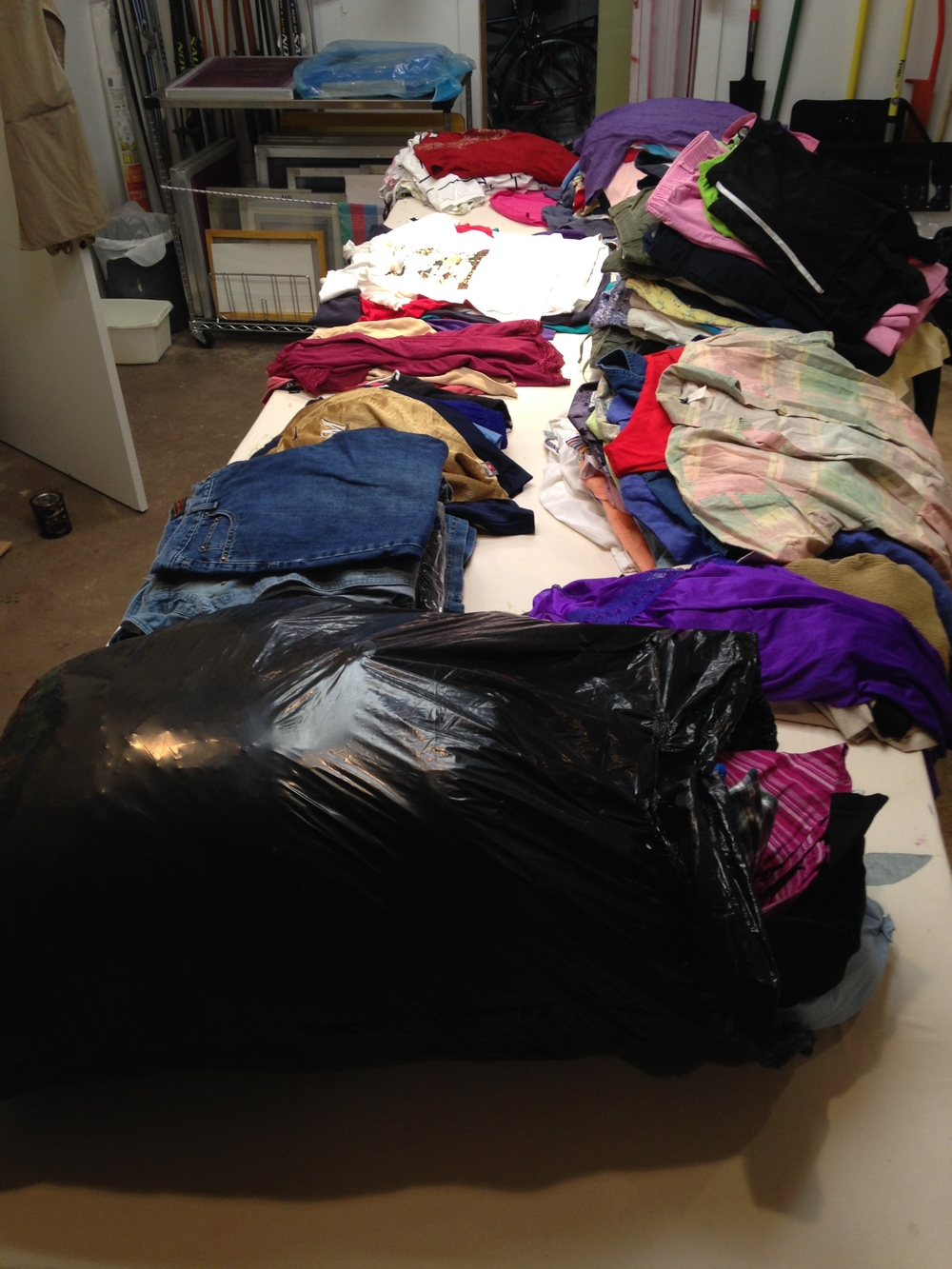 5 bags of used clothing