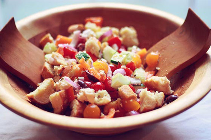 bowl of greek panzanella
